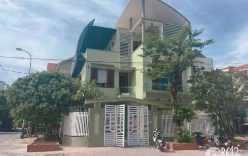 Bán nhà biệt thự ngay trung tâm thành phố Đồng  Hới - Quảng Bình