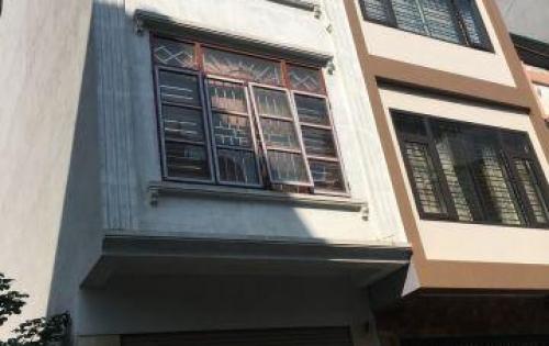 Bán nhà gần phố Vạn Phúc, Hà Đông, 33m2 4 tầng, sdcc giá 2 tỷ, trả góp 70%