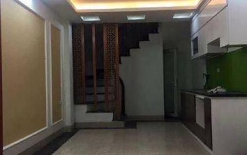 Bán nhà đẹp gần mặt phố Lê Thanh Nghị, 33m2*5 tầng, MT4m, 3.3 tỷ.