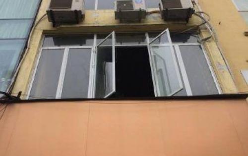 Tôi cần bán nhà ngay ở đường Nguyễn Du, nhà 4 tầng x 50m2, MT 4,6m nở hậu
