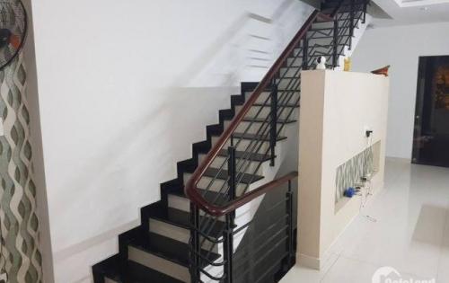 nhà 1 hầm 4 lầu nội thất cao cấp ,giá chính chủ cần sang nhượng gấp giá yêu thương chỉ 7 tỷ.