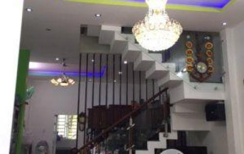 Bán nhà đường Huỳnh Tấn Phát, Nhà Bè, Tp.HCM DT 4.3m x 15m, 1 lầu 1 trệt giá 2.4 tỷ