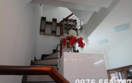 Bán nhà đồng sở hữu tại Nhà Bè, đường Huỳnh Tấn Phát. Nhà Bè, DT 30m2 giá 1.5 tỷ