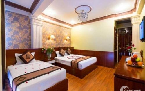 Cần tiền bán gấp khách sạn phố Tây Bùi Viện, P. Phạm Ngũ Lão, Quận 1, cho thuê hơn 100tr/tháng LH 0938547079