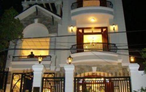 Bán nhà khu vực phường Bến Thành, Q1. Giá bán 27.8 tỷ với dt 4x14m và kết cấu trệt+ 3 lầu
