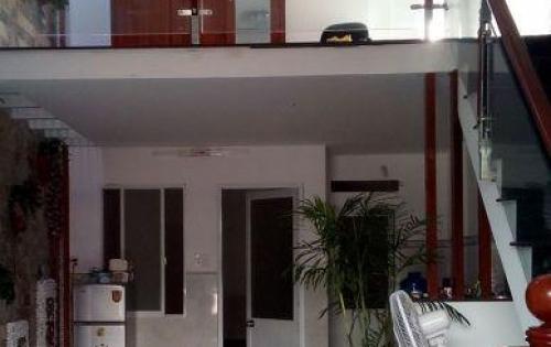 Cần bán gấp nhà cấp 4 mặt tiền đường số 17, p.Tân Kiểng, quận 7.