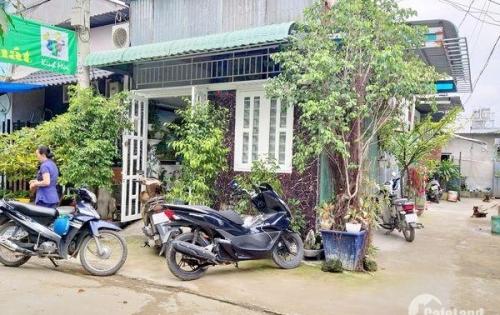 Bán nhà giấy tay 2 mặt hẻm xe hơi đường C4 Phạm Hùng Phường 4 Quận 8