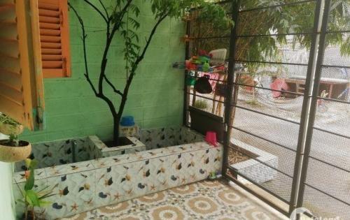 Nhà 1 trệt 1 lửng ở đường 990 nay là Nguyễn Thị Tư,P. Phú hữu