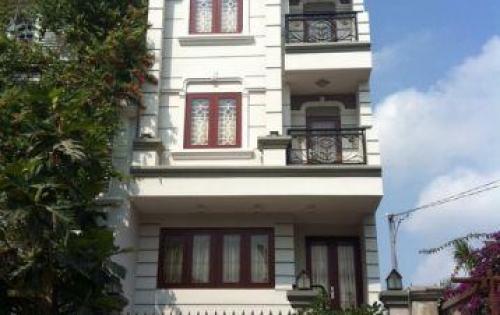Biệt thự đường Hồ Biểu Chánh, Q. Phú Nhuận cần bán với giá 32 tỷ TL. Dt 10x20m, 2 lầu đẹp