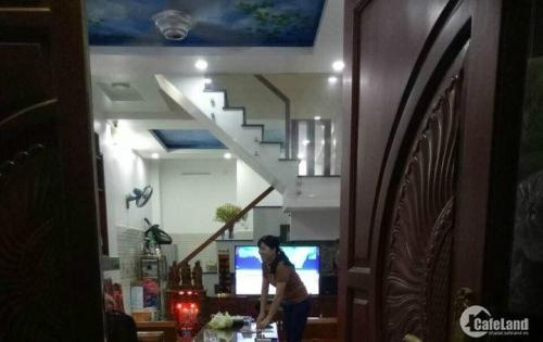 Định cư Hong Kong nhà: Lê Văn Sỹ, 120m2, 2lầu, 16tỷ.