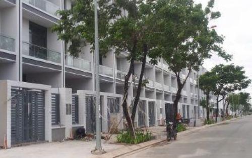 Nhà thô vị trí đẹp dự án vạn phúc riveside 1 hầm 4 lầu giá 7 tỷ 6 căn.
