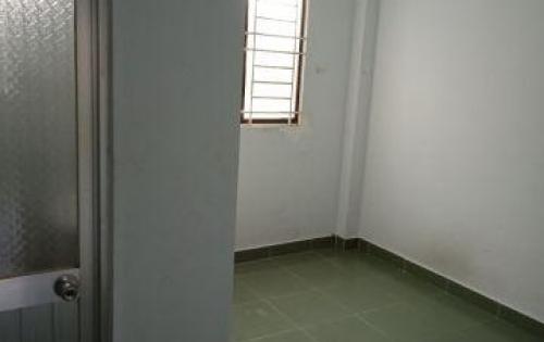 Nhà 1 Trệt,1 Lầu, hẻm 3m đ.40 Linh Đông,có ban công thoáng mát