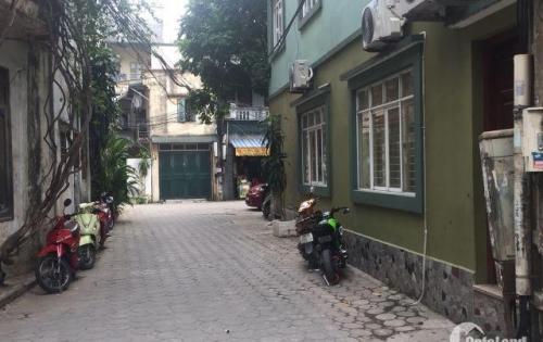Bán nhà đẹp giá rẻ Phố Vương Thừa Vũ DT: 50m2 Giá 5,3 tỷ