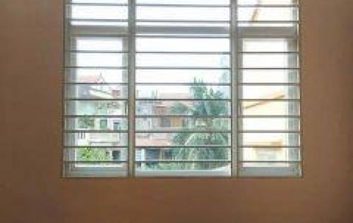 Bán nhà đẹp như mới ở Cự Lộc, dt 34m, 5 tầng, giá 3,4 tỷ.