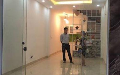 Gia đình cần bán nhà đẹp Trường Trinh, ngõ 3 gác, 3.3 tỷ