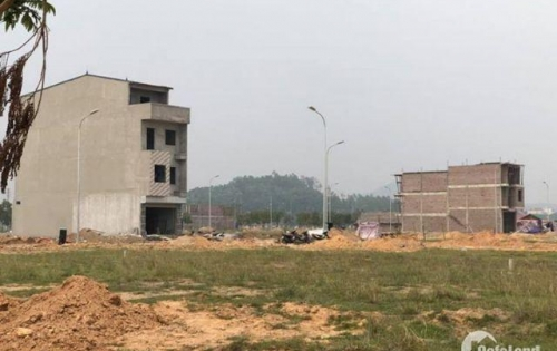 Bán 95m2 hướng Đông Nam đường 21m tại Nam Vĩnh Yên. LH 0987.494.015