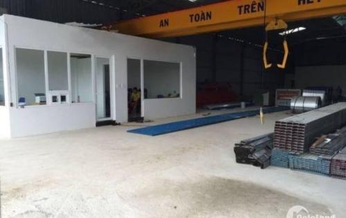 Cho thuê nhà xưởng 16m * 40m mặt tiền đường Nguyễn Duy Trinh, Quận 9. Lh 0916.30.2979 Phúc.