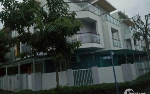 Biệt thự cho thuê P.Phú Hữu, Quận 9