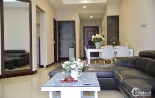 Cần cho thuê căn hộ 3PN DT 103.5m2 Royal City giá tốt