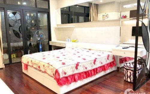 Cho thuê căn hộ R5 Royal City 132m2 28 triệu/tháng