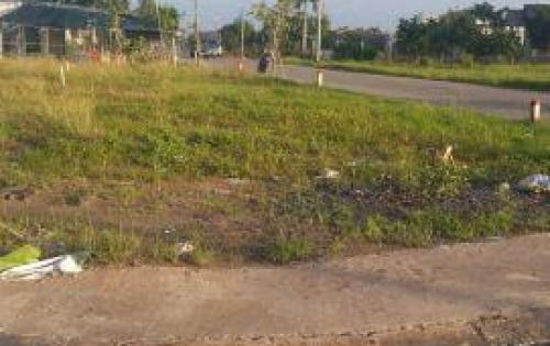 Bán đất gấp giá rẻ nằm ngay trung tâm thị trấn Cần Đước sát bên Nghĩa Trang liệt sĩ huyện Cần Đước