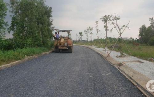 Cần bán lô đất nền gần chợ Bình Chánh đối diện UBND mặt tiền đường 30m
