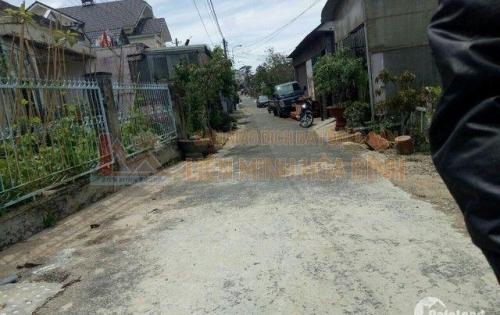 Cần tiền bán lô đất nở hậu sinh tài lộc đường Hồ Xuân Hương, P9, TP Đà Lạt