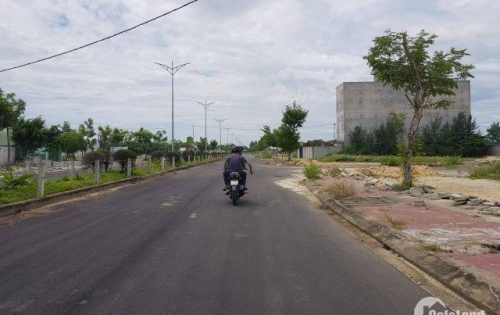 Có lô đất ngay gần trường Đại Học, thích hợp xây trọ, khu đô thị số 3.
