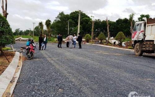 Đất thổ cư 100% shr 700tr xdtd 80m2 ngay trường tiểu học Phong Phú