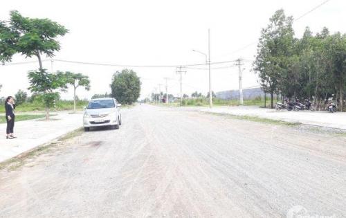 Đất MT  Thanh Niên, Bình Chánh, ngay trường học, 700TR/nền 90m2, chiết khấu 5%