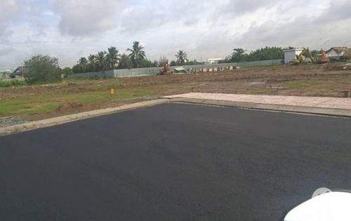 Bán gấp 3 lô đất nền liền kề ngay mặt tiền đường