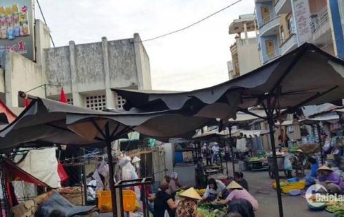 Nhượng lại 3 nền đất 5x18 MT Lê Thị Hà,sát chợ Hóc Môn, SHR. Giá 1tỷ050/nền. LH: 0932625480