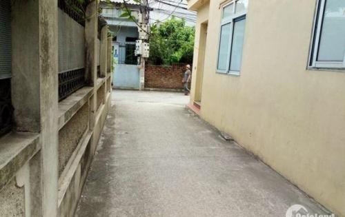 Bán đất 36m2, oto 7 chỗ, ngay chợ Thạch Bàn