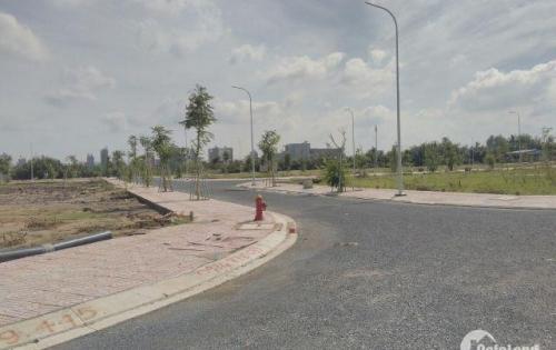 Đất Quận 9, mặt tiền đường Trường Lưu, gần chợ Long Trường, thổ cư 100%.