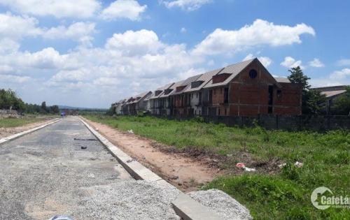 Chỉ từ 1tr8/m2 sở hữu đất mặt tiền đường, sổ riêng từng nền, sang tên công chứng ngay, xây dựng tự do