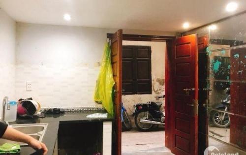 Chỉ 1.8 tỷ có ngay nhà nhỏ xinh 22m2, 3 tầng ốp gỗ Giang Văn Minh