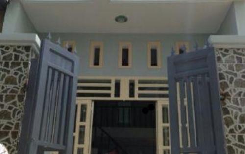 Bán gấp nhà cấp 4 trong KDC 10, thị trấn Bến Lức, 90m2, SHR