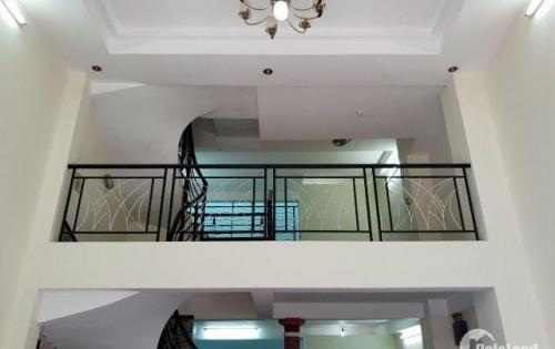 Cần bán gấp biệt thự Phố 3 lầu ấp mái, hẻm xe hơi 6m  Lê Quang Định, Bình Thạnh.  DT : 5,2mx15m  Giá 7,5 tỷ