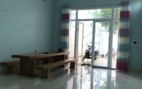 Nhà cấp 4 hẻm đầu Nguyễn Trường Tộ, Dt 5,3x27m, chỉ 950 triệu