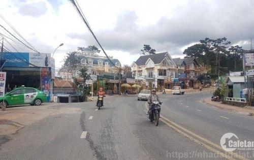 Cần bán khách sạn đường Nguyễn Trãi, P10, TP Đà Lạt
