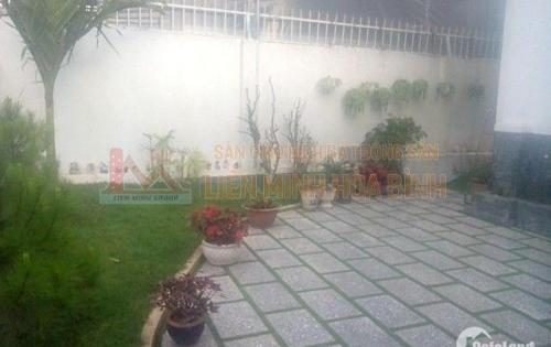 Cần bán nhà đẹp, diện tích lớn mặt tiền đường Xô Viết nghệ Tĩnh, P7, Tp. Đà Lạt.