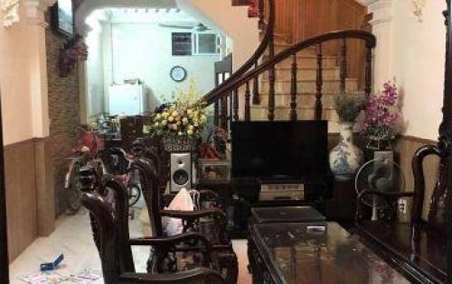 Bán nhà phân lô ngõ 98 Thái Hà, S32m2, giá 4,1 tỷ.