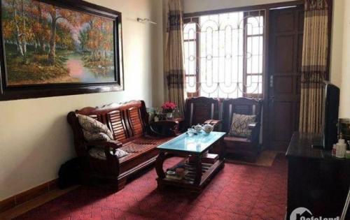 Bán nhà riêng 2 mặt thoáng phố Thái Thịnh, diện tích 42m2, giá 3,6 tỷ.