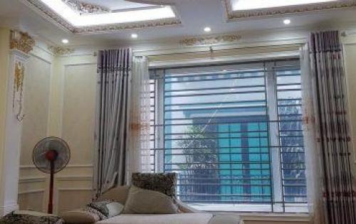 Bán nhà phân lô Hoàng Cầu,dt 50m,mt 4m,4 tầng,giá 6.5 tỷ