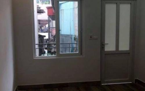 Bán nhà Phố Tây Sơn, Đống Đa 4 tầng giá chỉ 2,5 tỷ