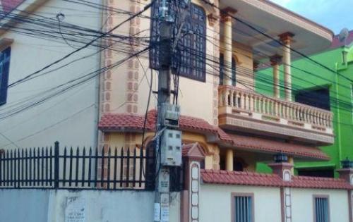 Bán nhà 2 mặt tiền gần sân bay Đồng Hới giá rẻ
