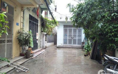 Bán nhà ngõ 325 Kim Ngưu Hai Bà Trưng diện tích 34m2 x2 tầng, kdn giá 2.1 tỷ.