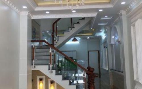 Bán nhà hẻm xe hơi 2129 Huỳnh Tấn Phát DT 4m x 25m, 3 lầu, 6 Phòng ngủ, sân xe hơi, giá 4.65 tỷ