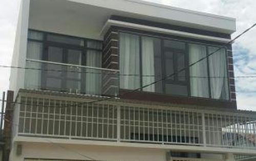Cần bán ngôi nhà mới xây . sau lưng UBND xã Vĩnh Thạnh. giá 2ty3. LH 0935964828