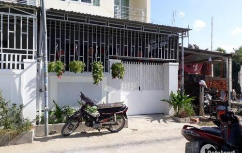 Bán lô đất đường Phú Nông. quy hoạch đường 20m . giá 15tr . lh 0935964828